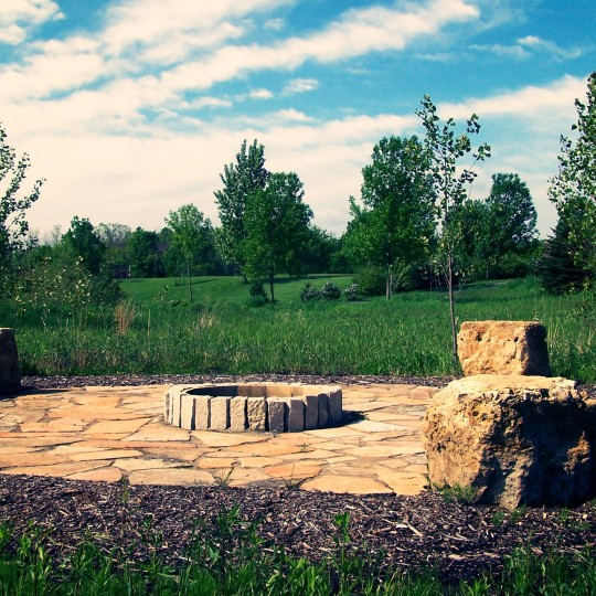 fire-pit-flagstone-patio-orono-mn