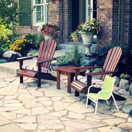 flagstone-patio-sitting-entry-eden-prairie-mn