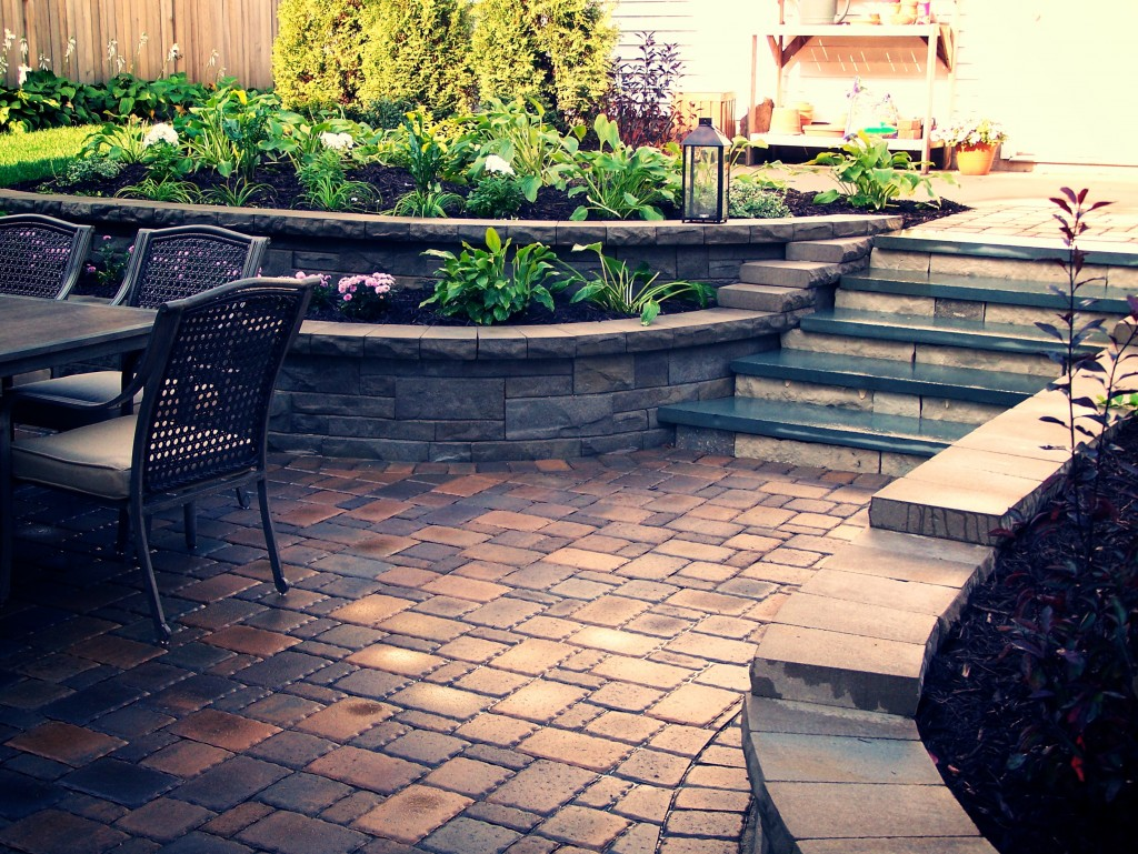 Patios great goats landscapinggreat goats landscaping for Patio and retaining wall ideas