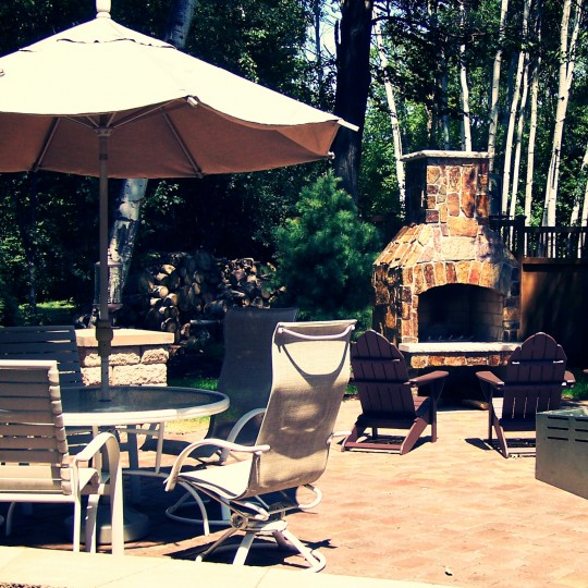 paver-patio-fireplace-edina-mn