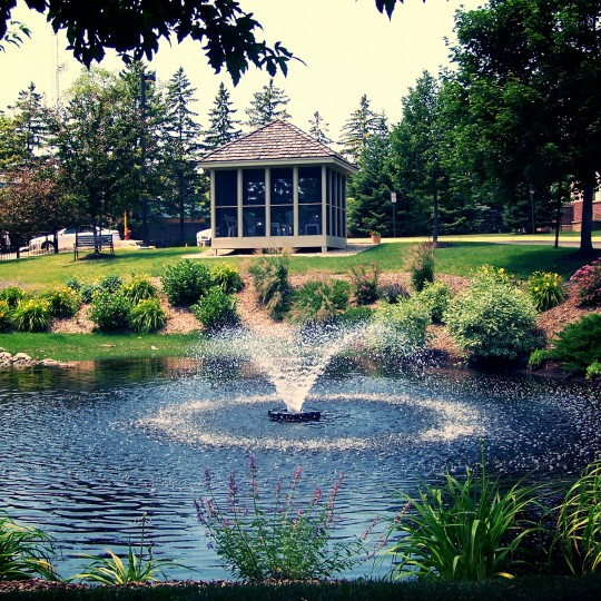 pond-water-feature-fountain-retention-goldenvalley-mn