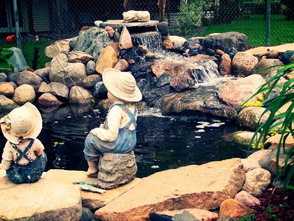 Ponds water features great goats landscapinggreat for Pond water features waterfalls
