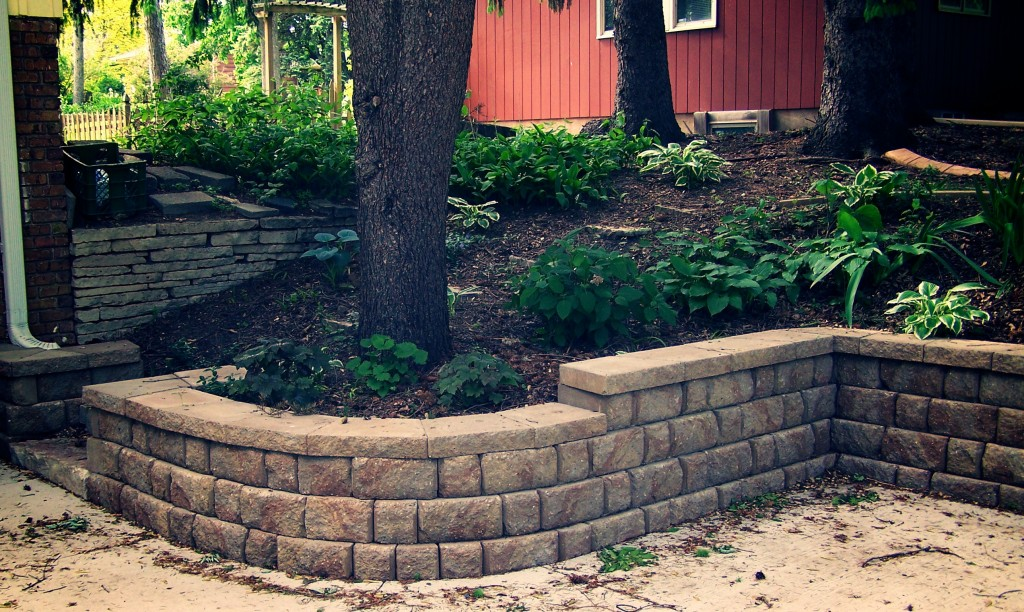 Landscaping With Walls : Retaining walls great goats landscapinggreat landscaping